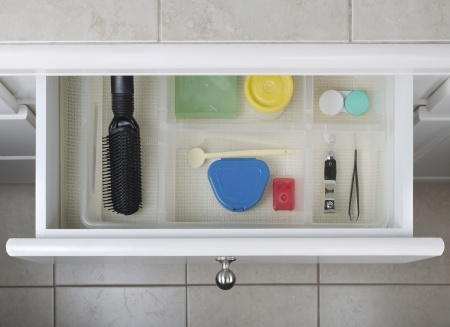 Small bathroom ideas for organization and storage.