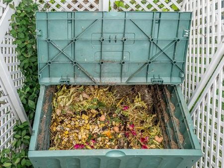 How to compost at home.