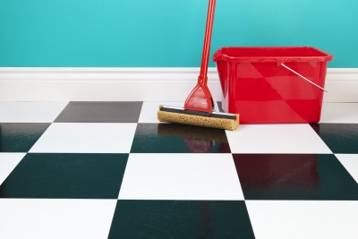 Tips for cleaning kitchen floors.