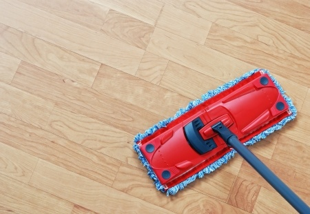 Laminate floor cleaning tips.