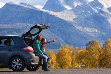 On road trips with the family, make sure to budget time for stops at scenic spots along the way.